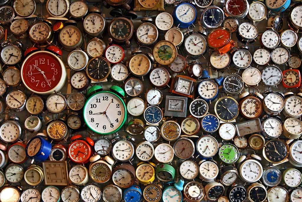 old-analogue-clocks