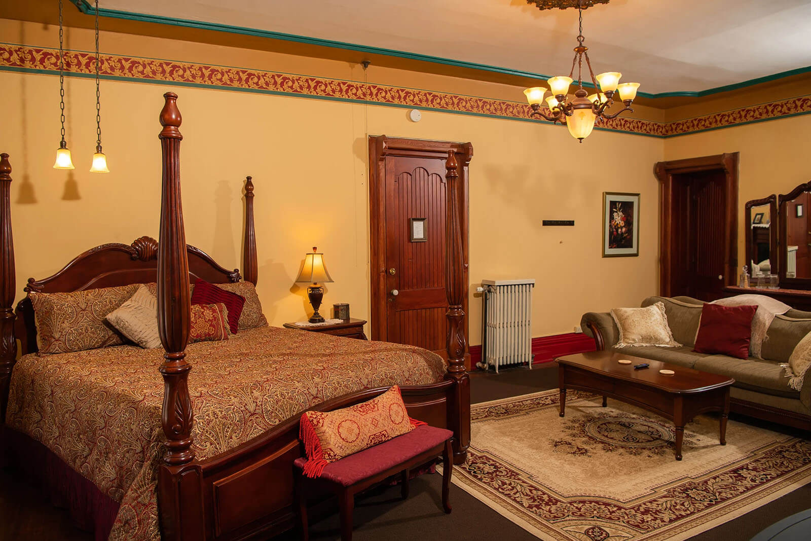 Presidents-Suite Spencer House Bed & Breakfast