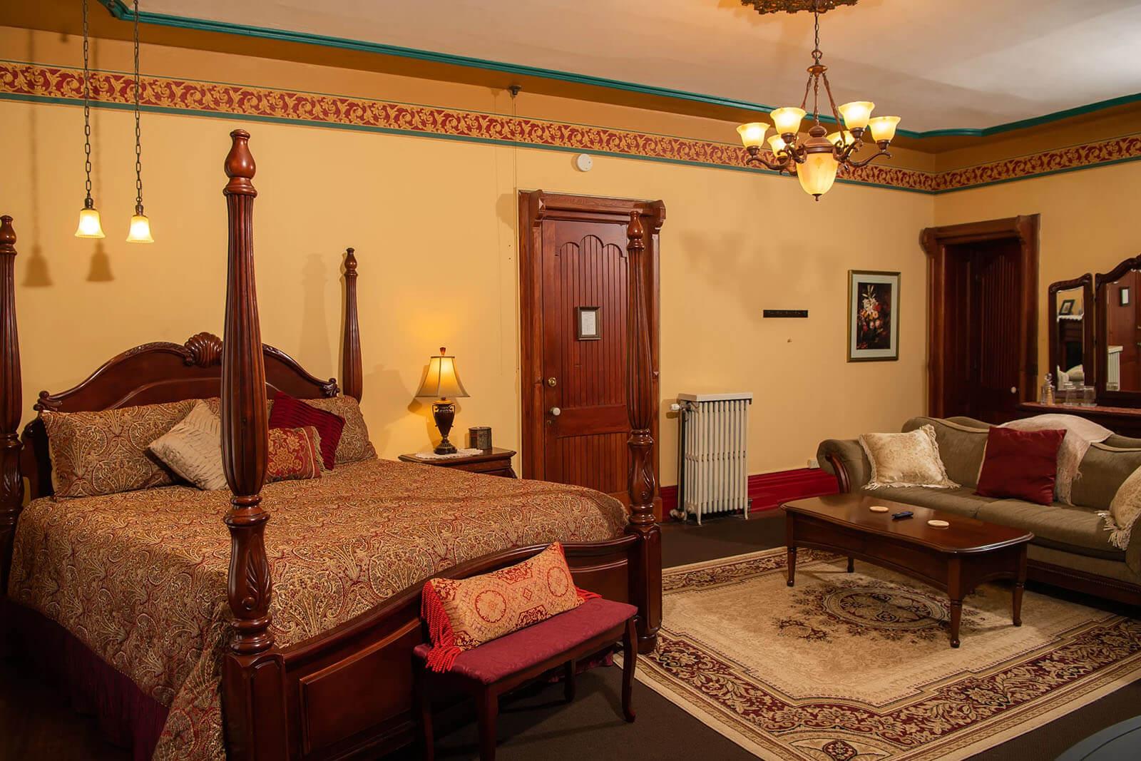 Presidents-Suite Spencer House Bed & Breakfast