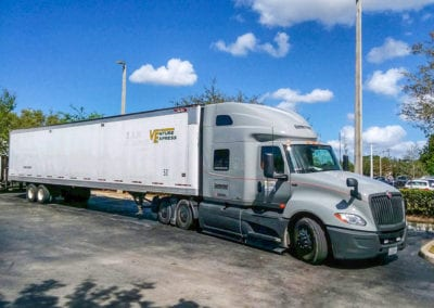 cumberland-international-c10-fuel-efficient-truck-nashville-tn-7