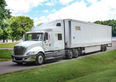 cumberland-international-c10-fuel-efficient-truck-nashville-tn-9