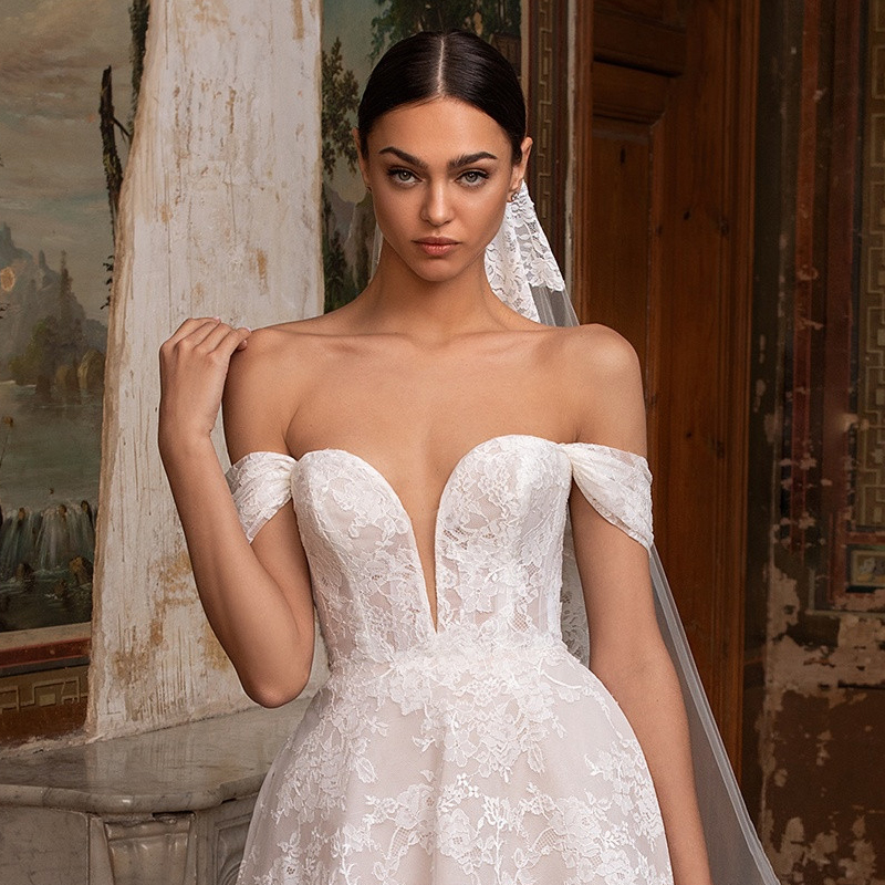 PDW920-21 – SUPERBA by Pronovias