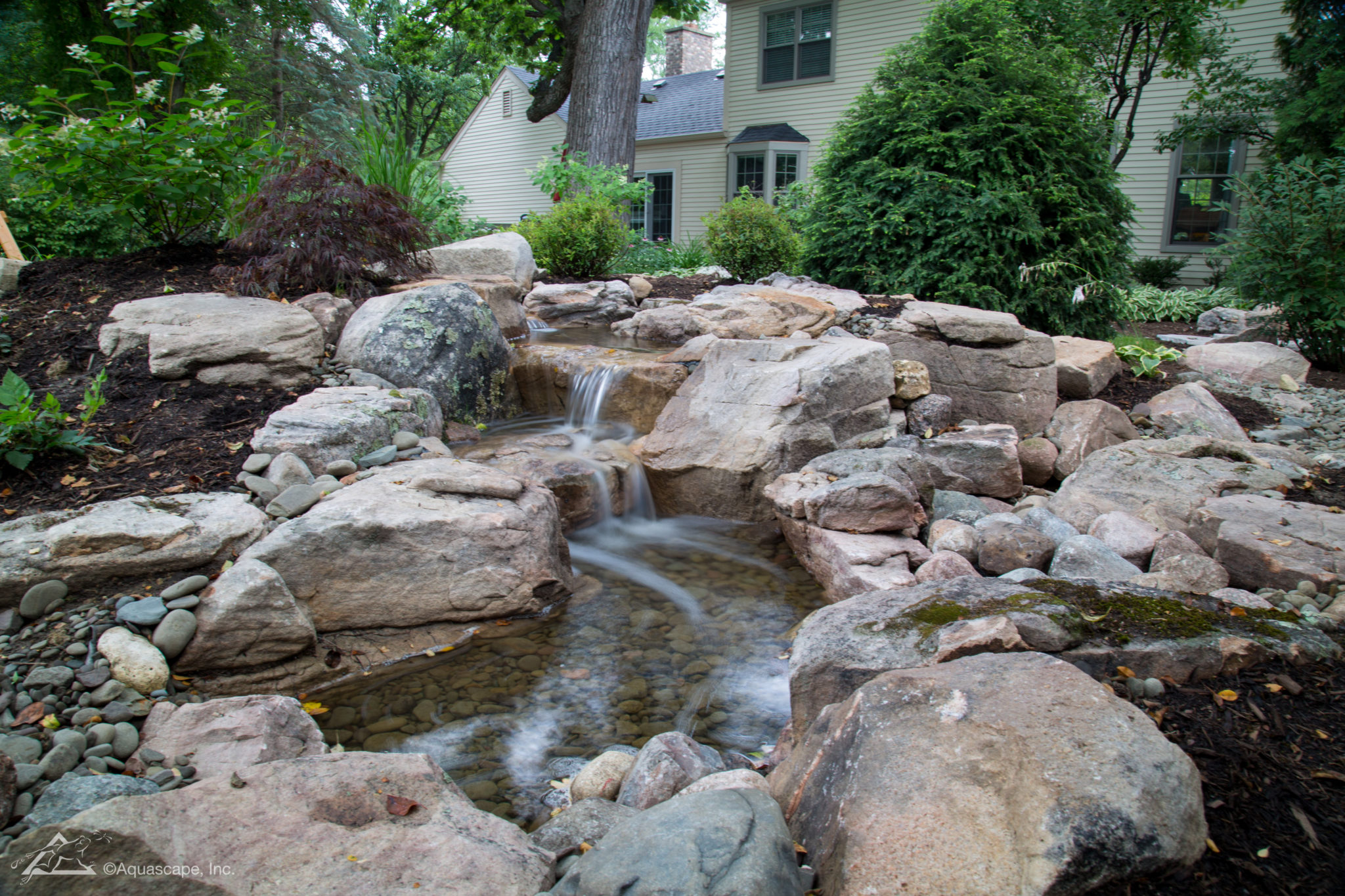 Medium 16ft Pondless Waterfall_02