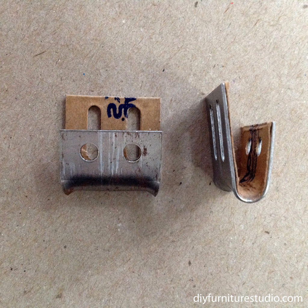 Upholstery spring clips for fixing sofa springs.