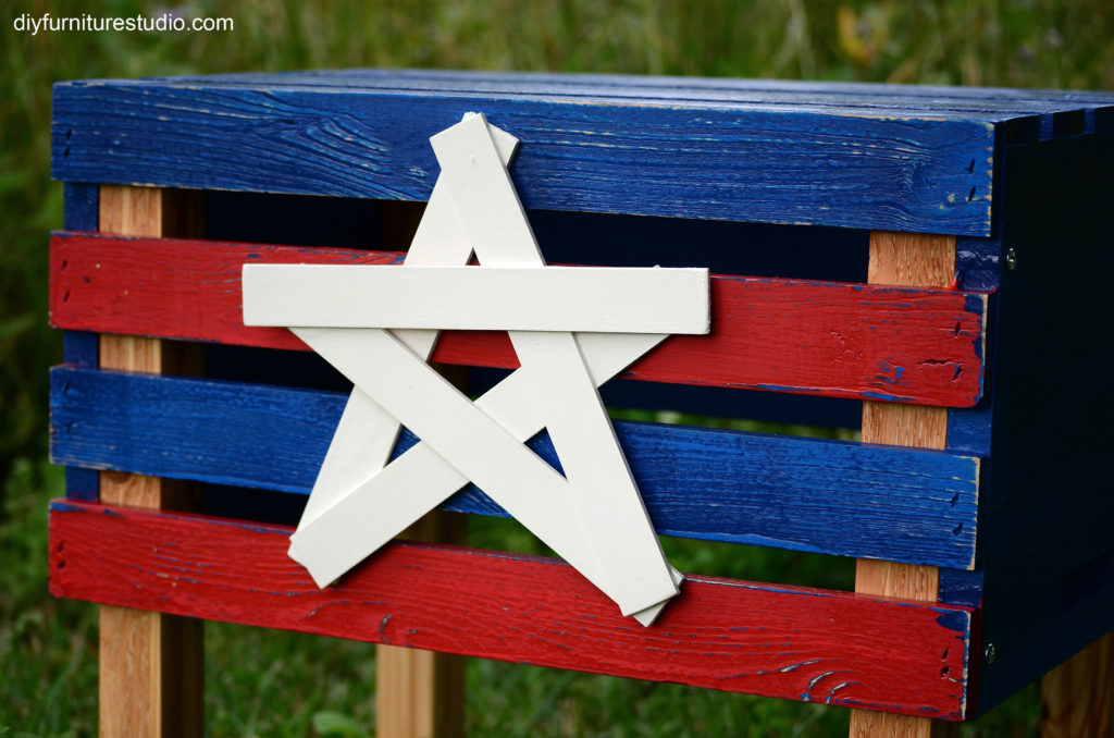 DIY project patriotic side table.