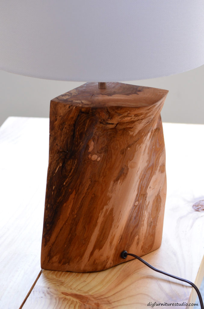 DIY natural wood lamp tutorial.