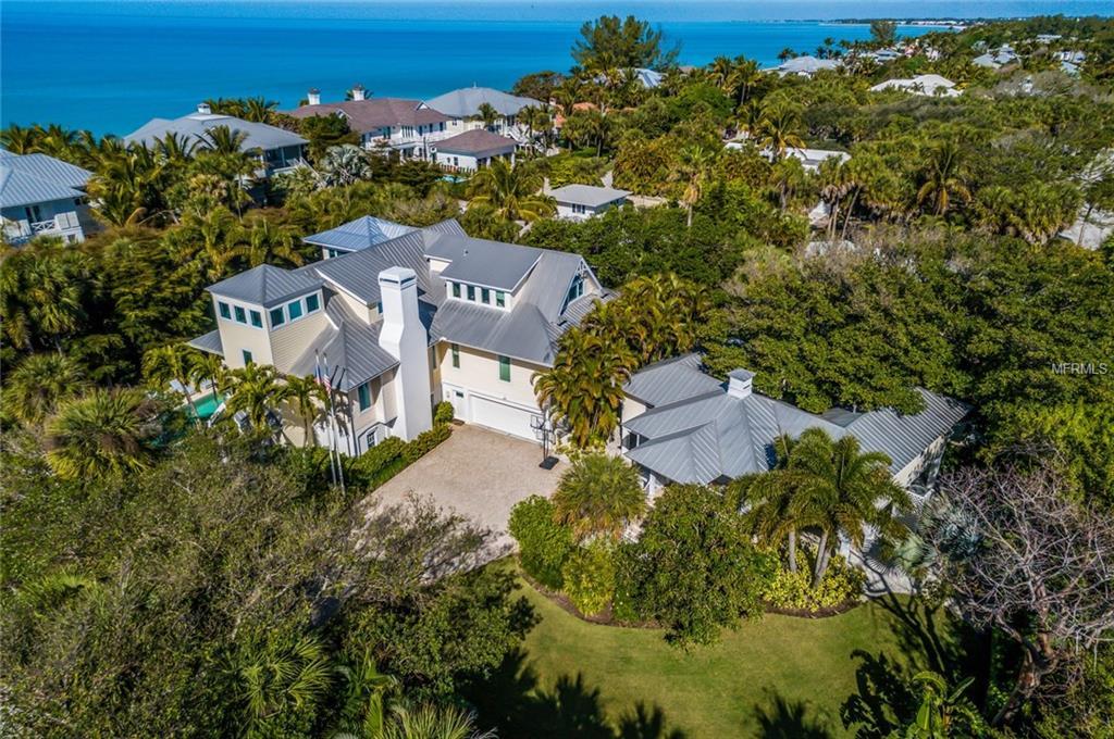 distinctive island home