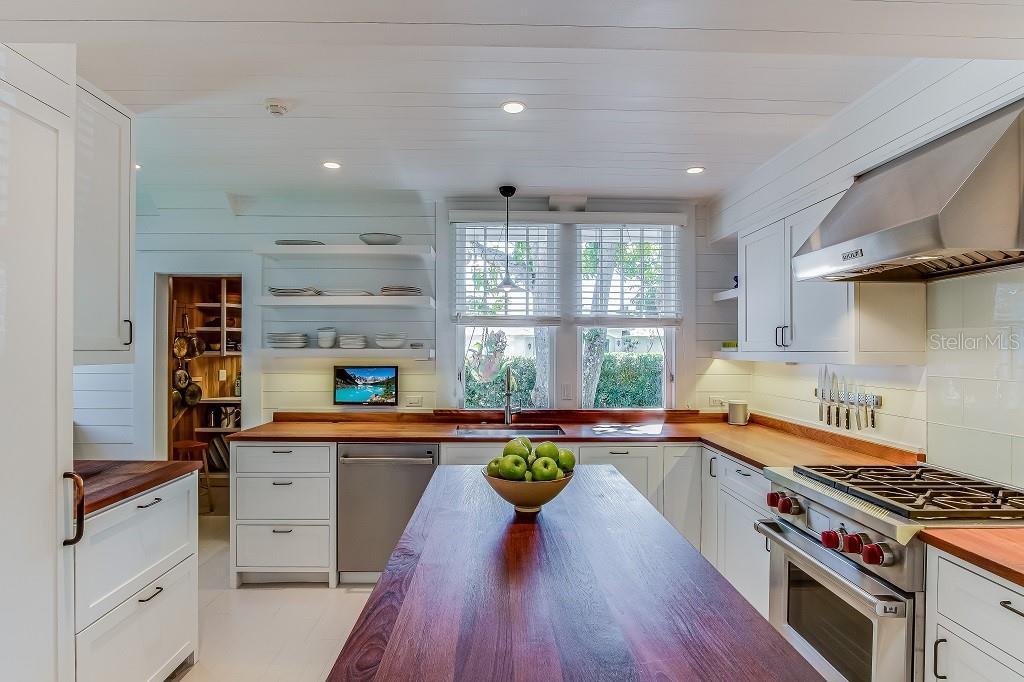 Cracker Home Kitchen