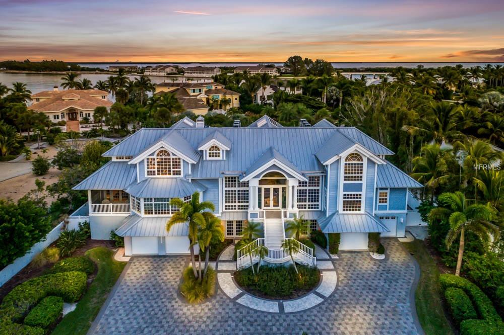 Listings by Carol Stewart in Boca Grande Florida.Sunset Pines