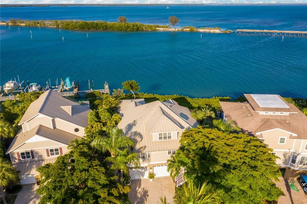 Listings by Carol Stewart in Boca Grande Florida.Grande Quay