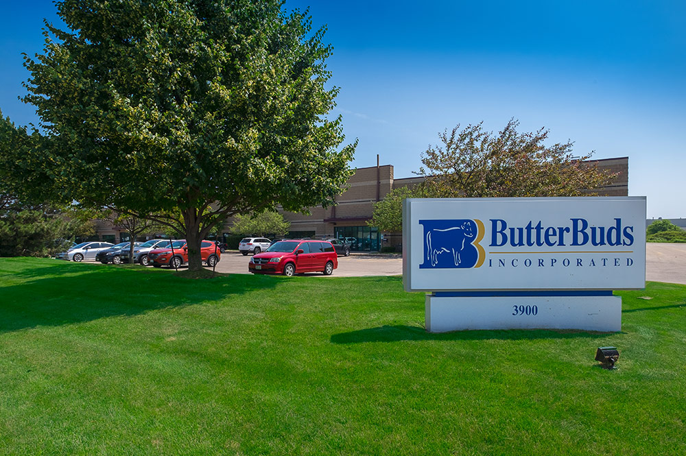Butter Buds outside sign