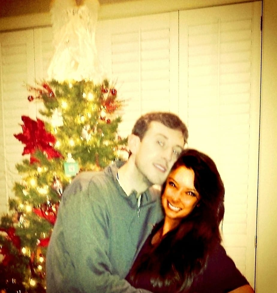Malia and Michael Johnson Happy Holidays Christmas Tree Picture