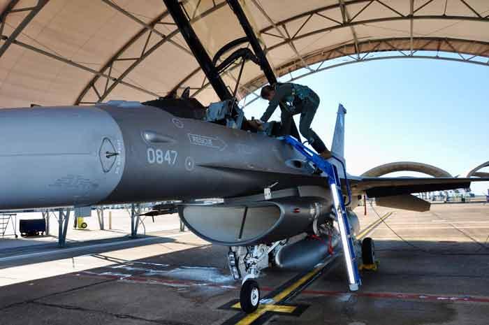 g suit testing female pilots eafb eglin air force Elizabeth Pennell