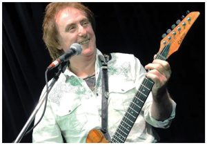 "Denny Laine of Wings ""Band On The Run"" Live @ The Regent Theatre 