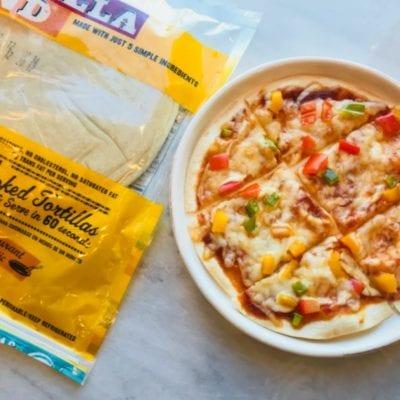 """Simple Tortilla Pizza """"Tortizza"""""""