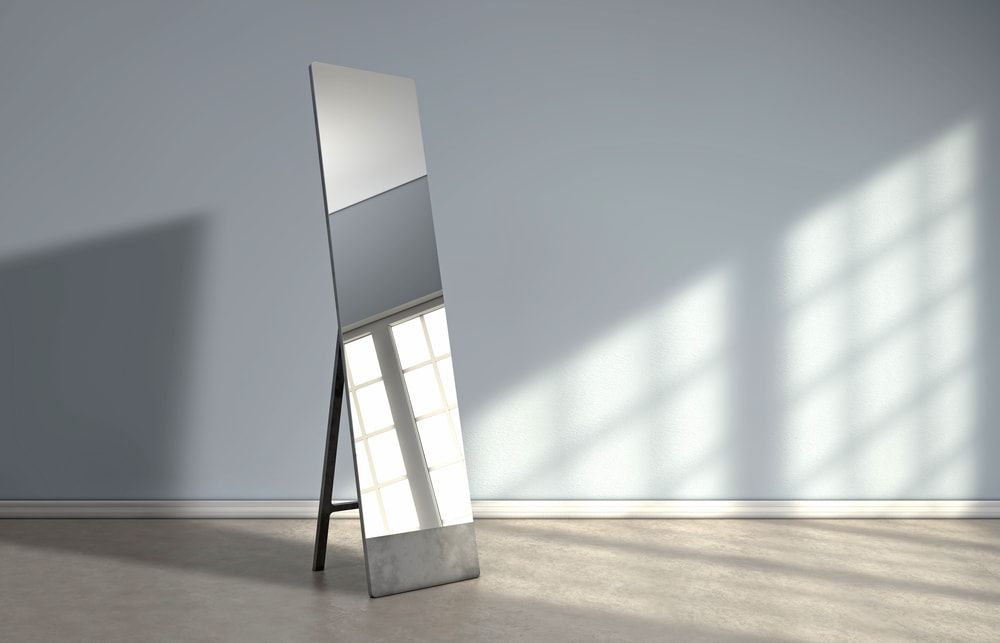 how-to-pack-a-mirror-for-moving