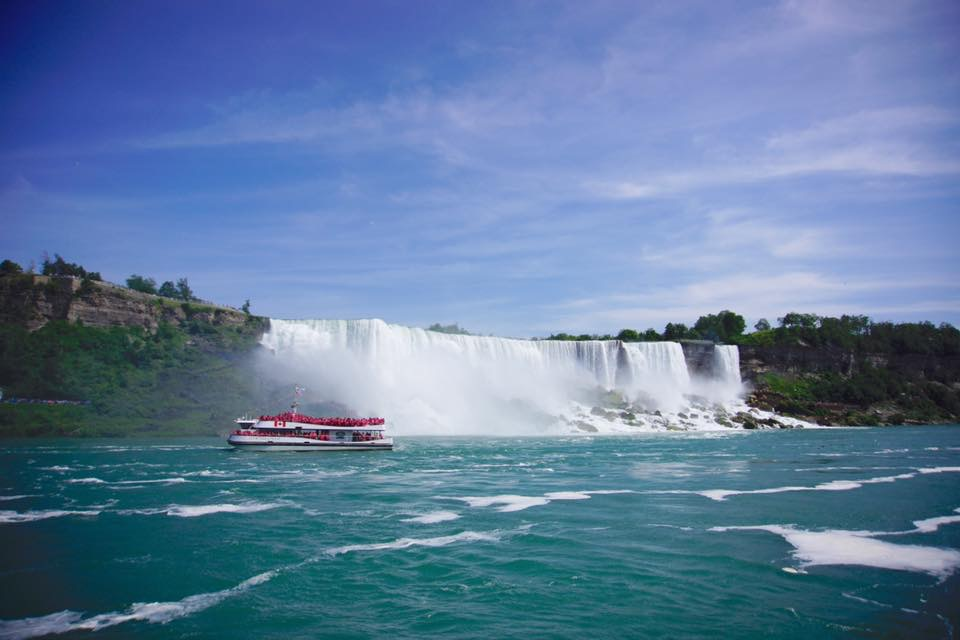 Packed with fun and surrounded by breathtaking natural attractions, Niagara Falls is the ideal family vacation destination. Here's our guide to all the best attractions and how to make the most of them by utilizing the Niagara Falls Adventure Pass.