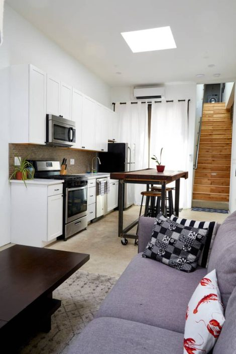 E1507 Modern Kitchen Space