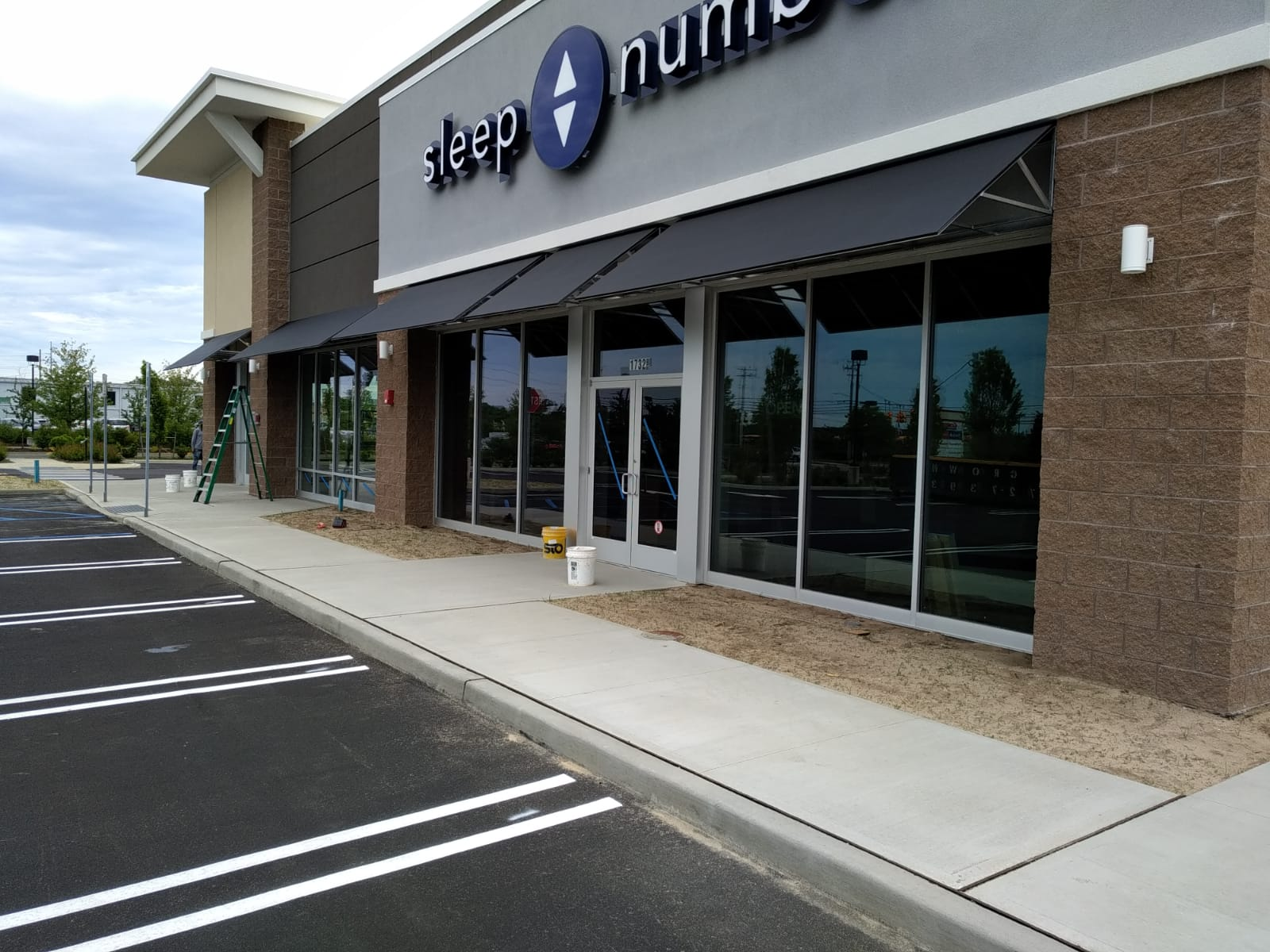 Commercial - Tri State Awnings