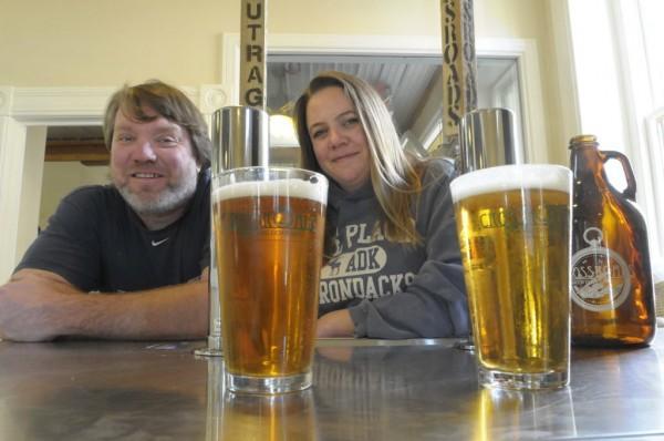 Kenny Landin and Janine Bennett at the tasting room