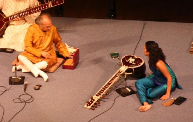 Ravi&AnoushkaShankar-Concert-2005