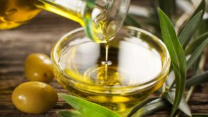 Olive Oil. A healthy fat option for type 2 diabetics