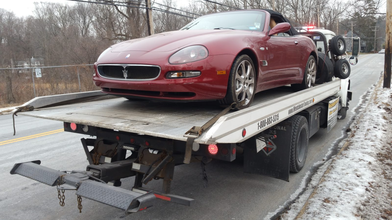 Flatbed service towing westchester towing