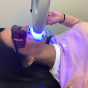 pretty girl teeth whitening montreal