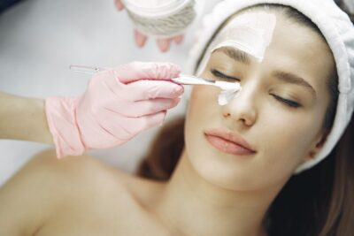 facial spa skincare treatments in montreal and laval beauty salon clinic