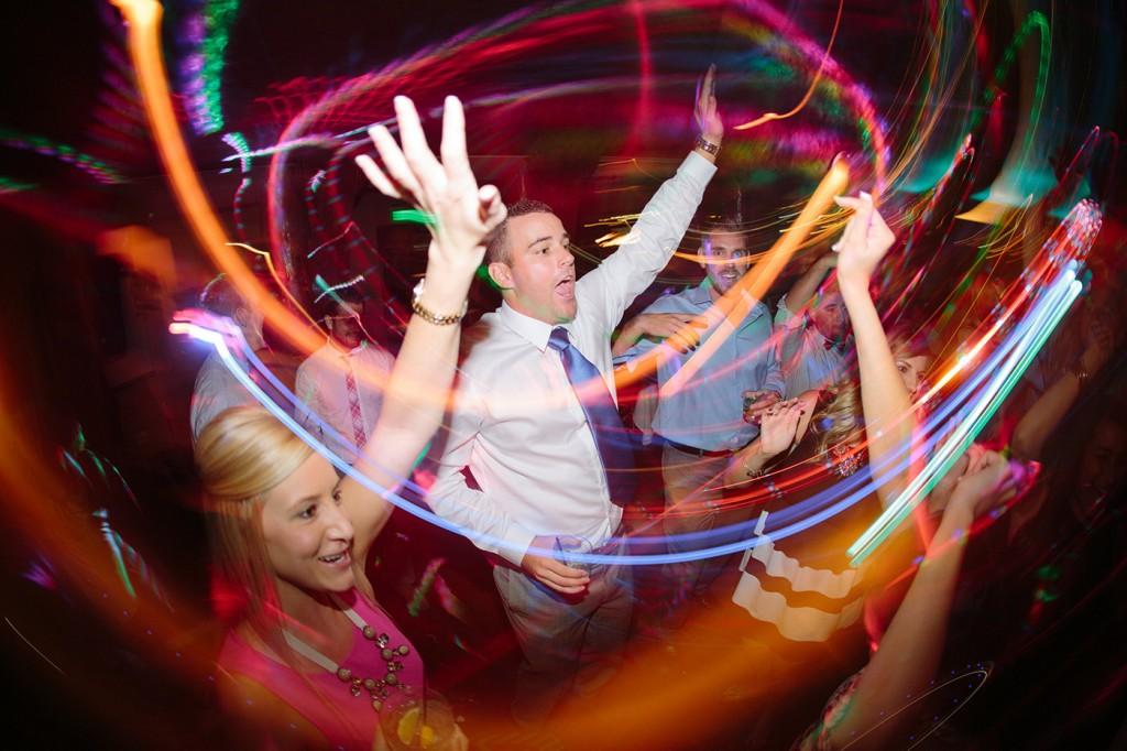 San-Diego-Best-DJs-up-Dancing