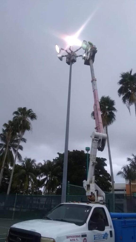 Light Pole Repair in West Palm Beach