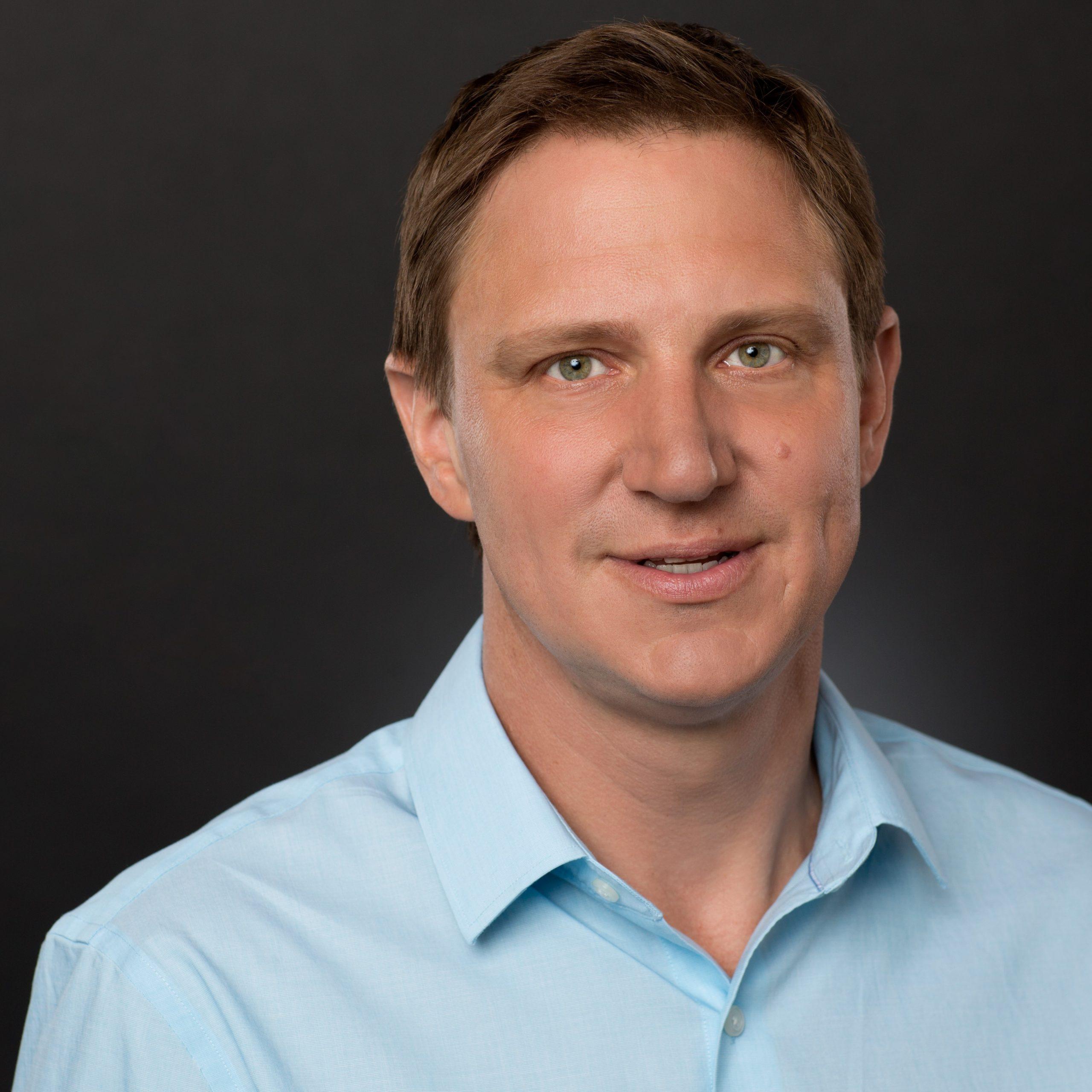 Wave 80's Dan Laser Joins Leaders from J&J, Lantos on MedInnovations panel