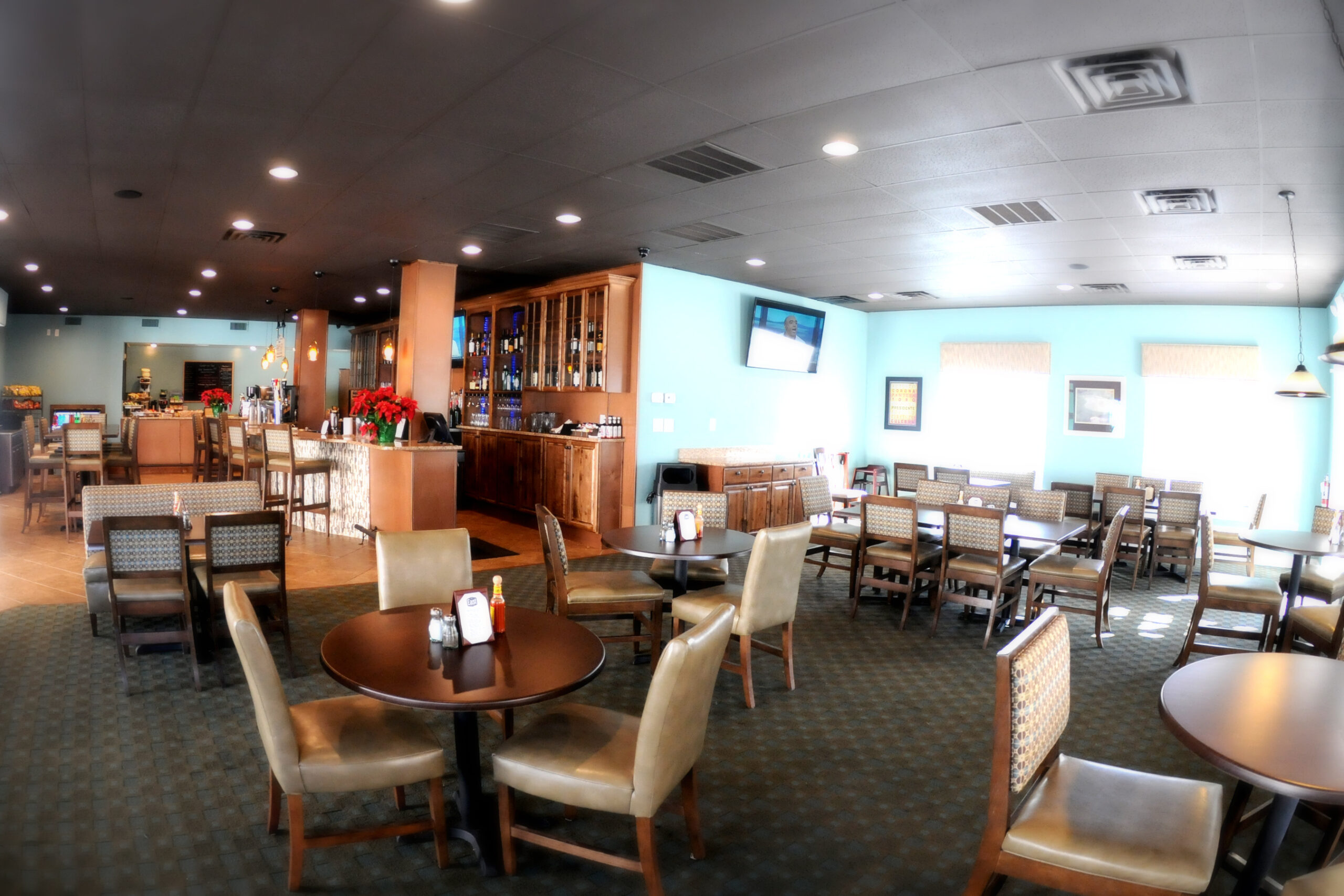 East_Grill__Pub_Dining_Room