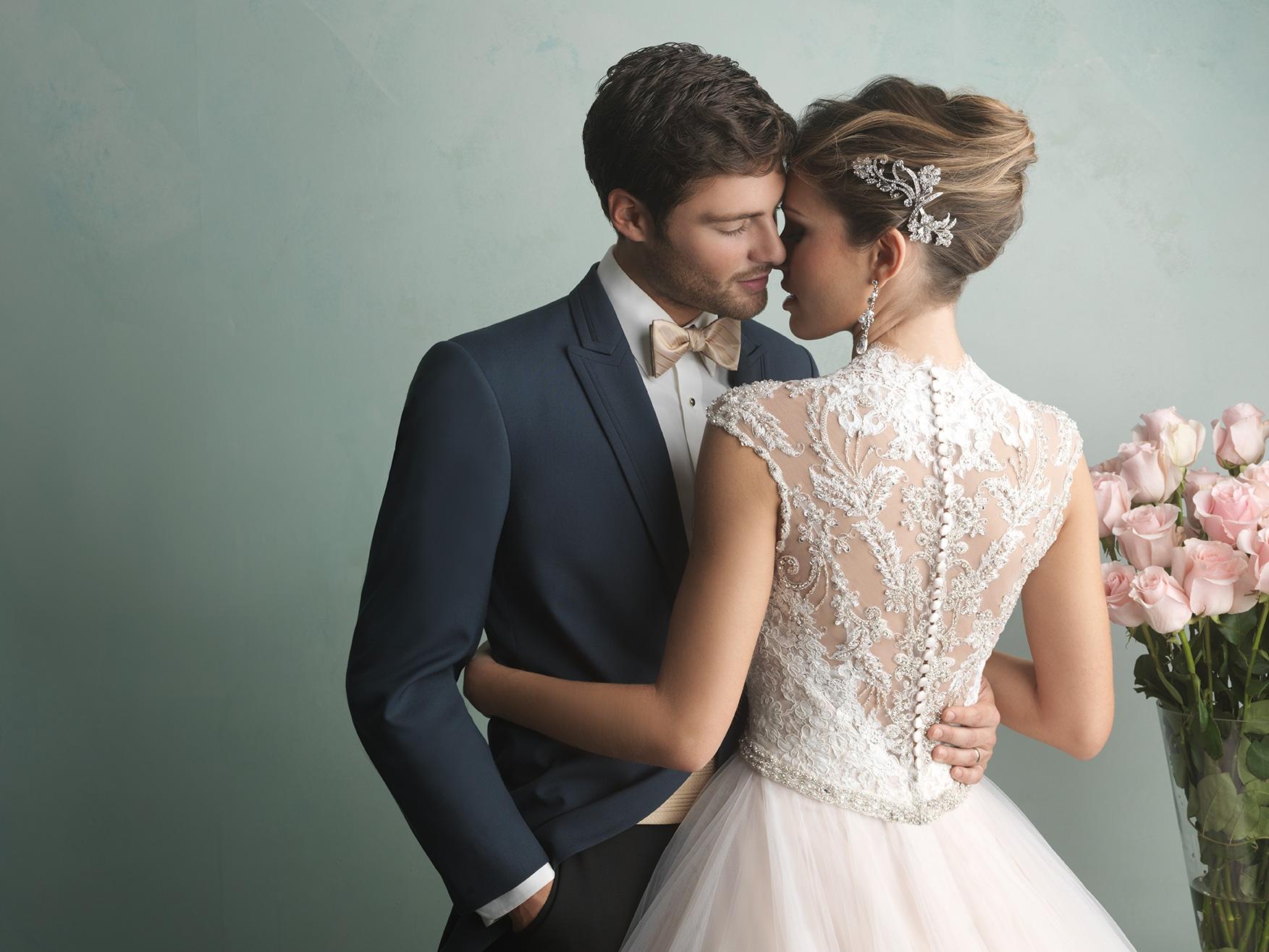 pluss ize wedding dress with cap sleeves