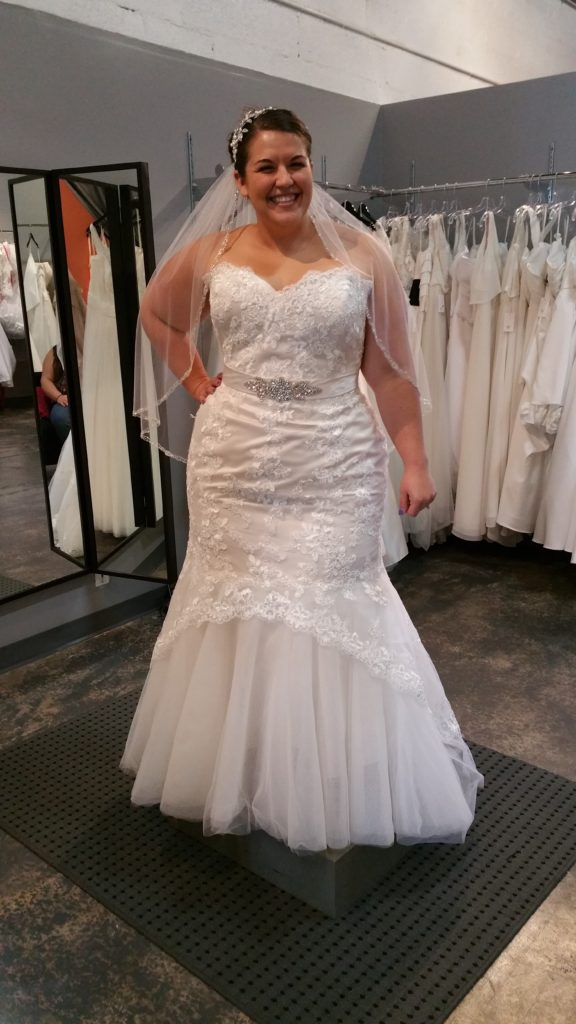 plus size lace mermaid wedding gown