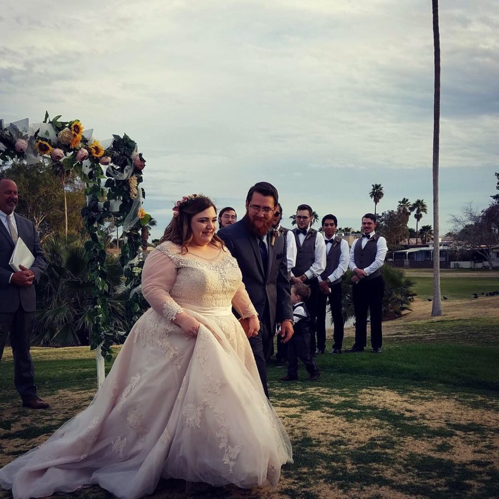 plus size dreamy bridal gown with lace and tulle