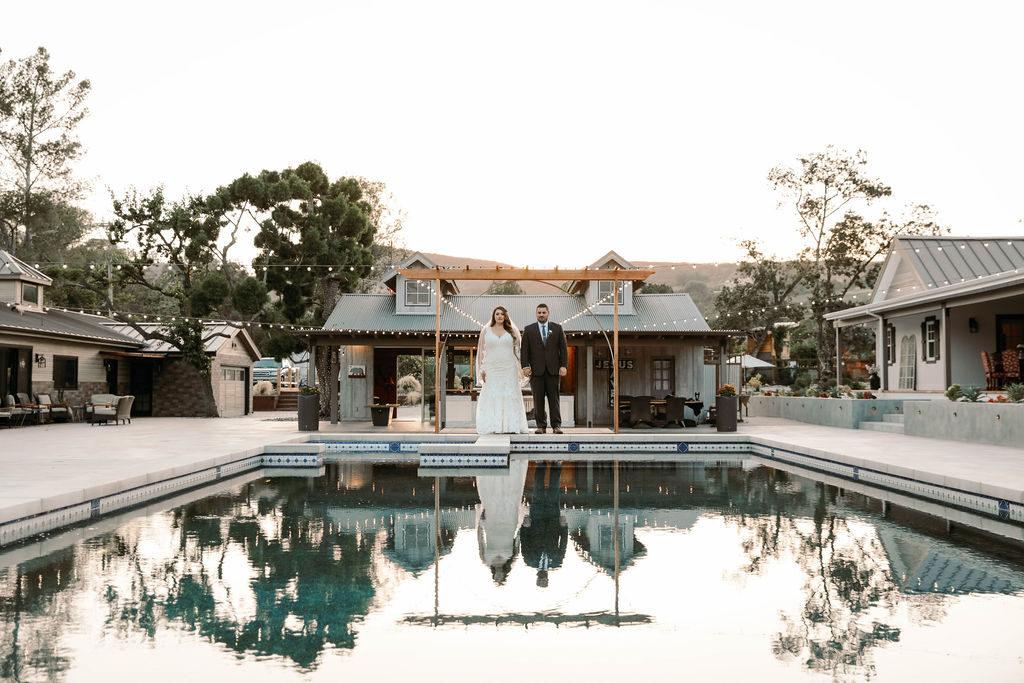 poolside wedding couple