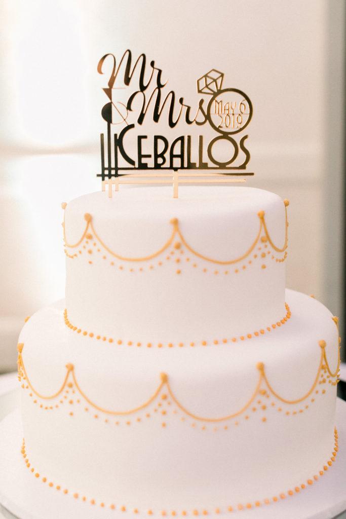 roaring 20s themed wedding cake