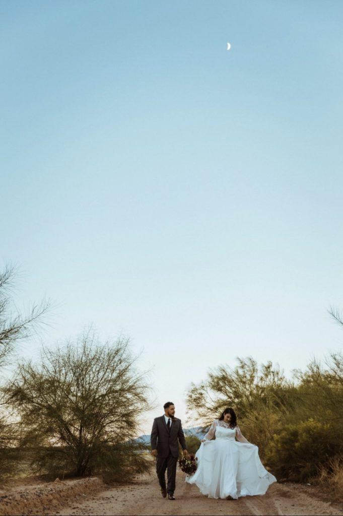 wedding-couple-laveen-arizona-outdoor-wedding
