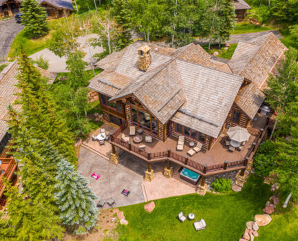Staging the Exterior of Your Vail Valley Home