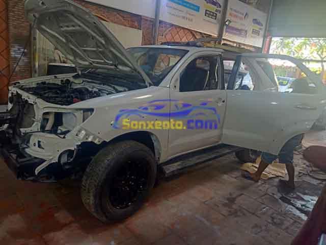 Quy trình kiểm tra tháo các bộ phận xe cần sơn