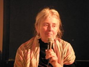 Moira Roth