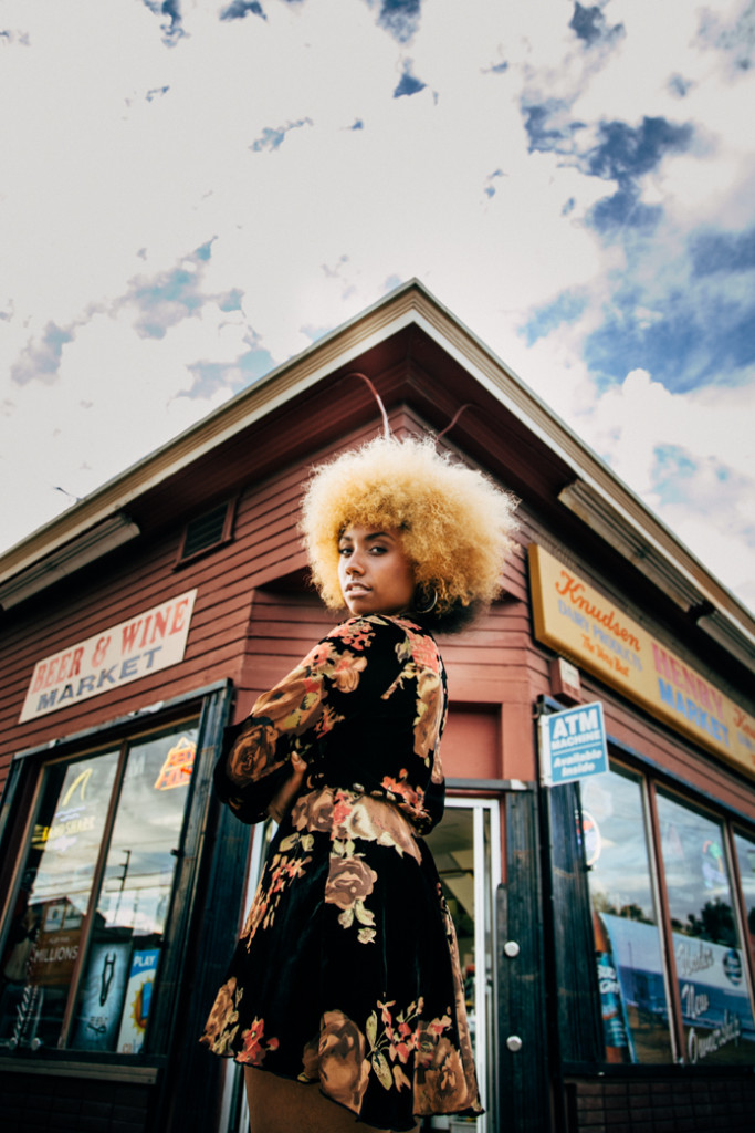 1970s, afro, afrocentric, curly hair, natural hair, model, dress, fall fashion, velvet dress, old school, black woman, strong black woman, blonde hair, 1970s inspired, gold dust boutique, liveclothesminded, clothes minded, model
