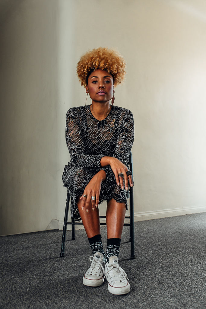 RSEE-xmmtt-liveclothesminded-converse-chucks-with-dress