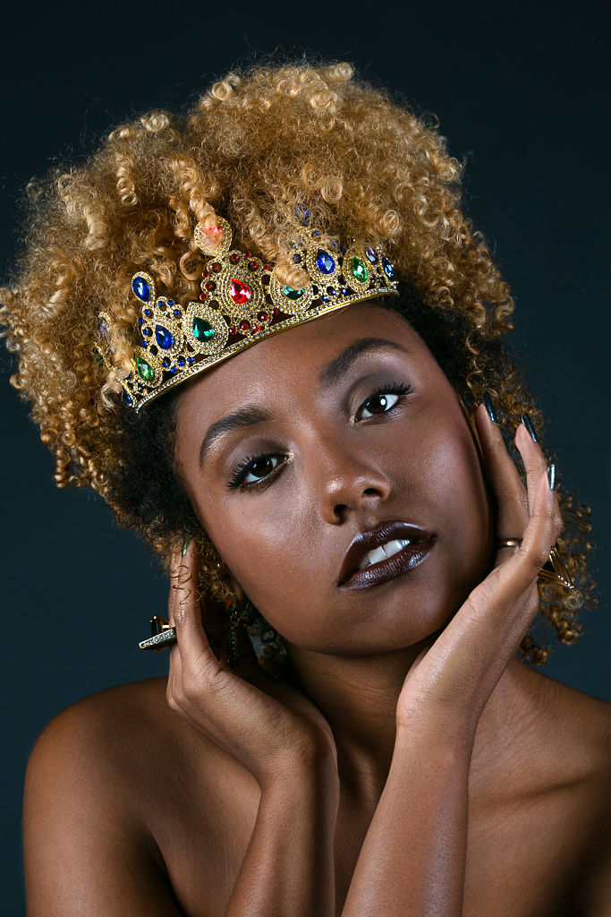 30-before-30-RSEE-LCM-LongBeach-Artist-Photography-liveclothesminded-6362-natural-hair-curls-crown-shoot