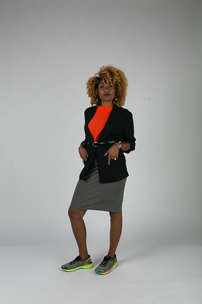 RSEE-LCM-Liveclothesminded-xmmtt-longbeach-6914-what to wear to work-blazer-sneakers-accessories-work-appropriate