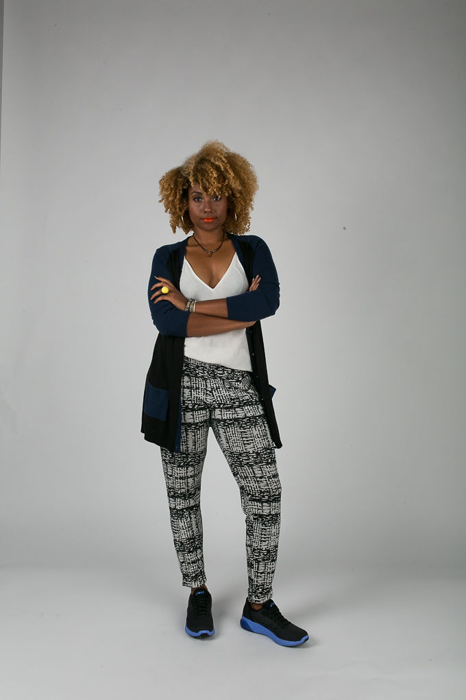 RSEE-LCM-Liveclothesminded-xmmtt-longbeach-6935-what to wear to work-sneakers-cardigan-print pants-asics