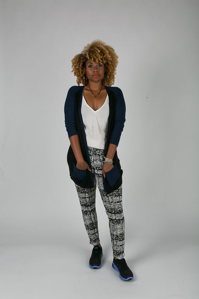 RSEE-LCM-Liveclothesminded-xmmtt-longbeach-6942what to wear to work-sneakers-cardigan-print pants-asics