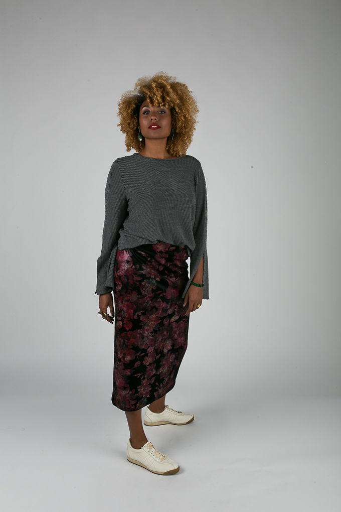RSEE-LCM-Liveclothesminded-xmmtt-longbeach-6999-what to wear to work-midi skirt-bell sleeves-skirt with sneakers-fitfemme- work outfit ideas