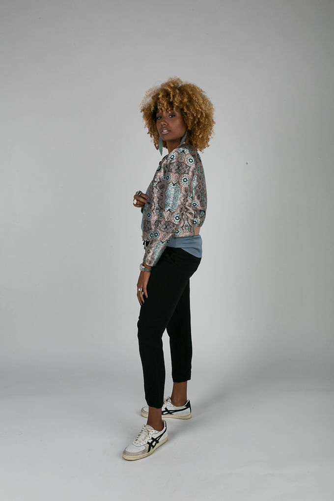 RSEE-LCM-Liveclothesminded-xmmtt-longbeach-7058-bomber jacket-what to wear to work-work outfit-natural hair- curlshow to wear sneakers to work